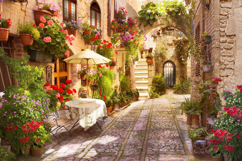 Фотообои «Улочка Тосканы»