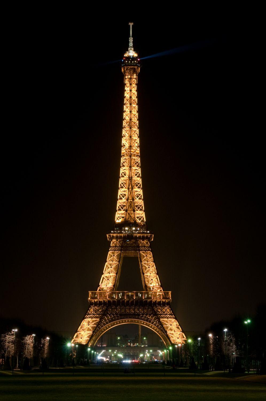 Фотообои «Эйфелева башня в Париже»