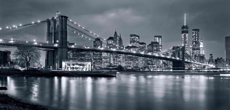 Фотообои «Мост серый фон»