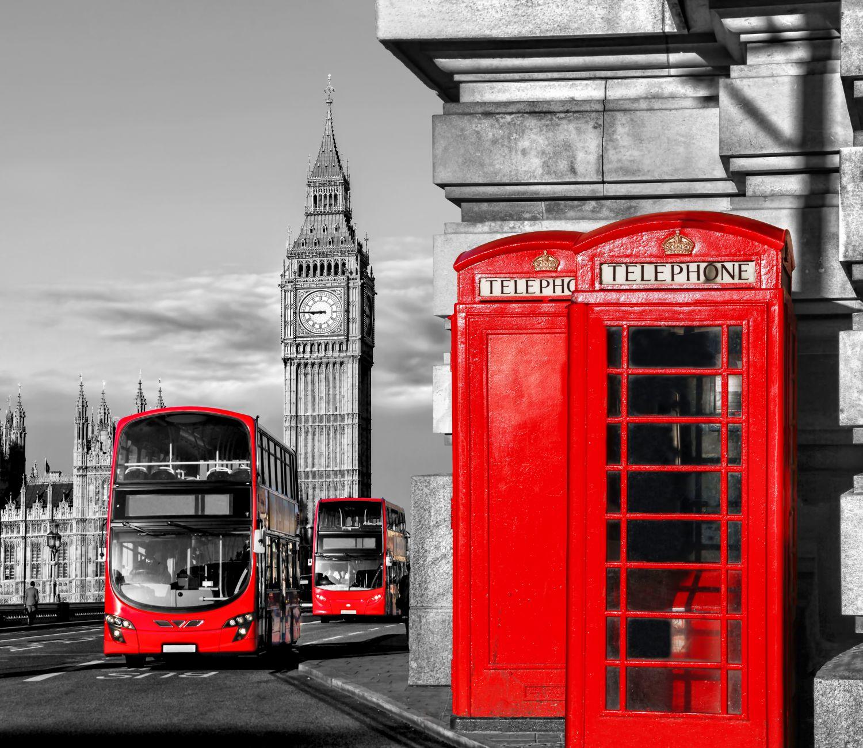 Фрески «Телефонная будка, автобус»