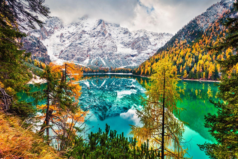 Фотообои «Горы в снегу отражение»