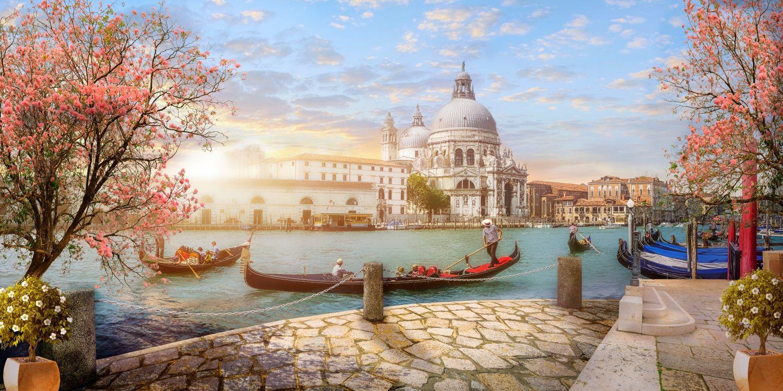 Фотообои «Весна в Венеции»