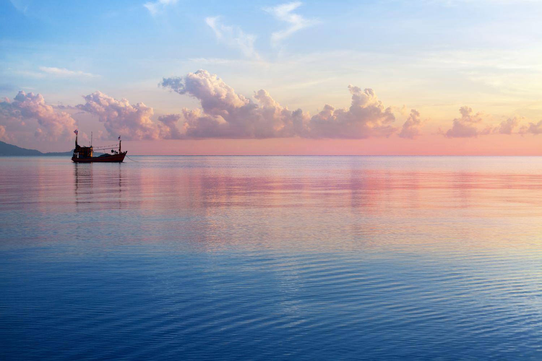 Фрески «Розовый закат на море-отключен по претензии правообладателя»