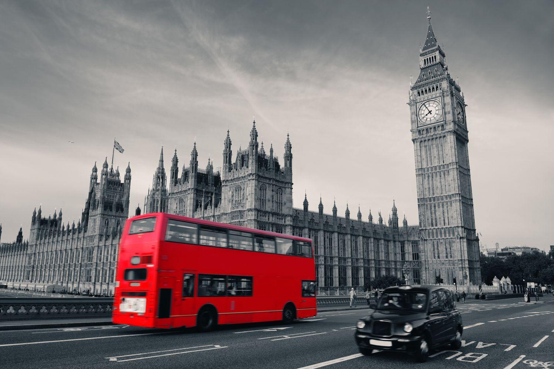 Фотообои «Красный автобус в Лондоне»