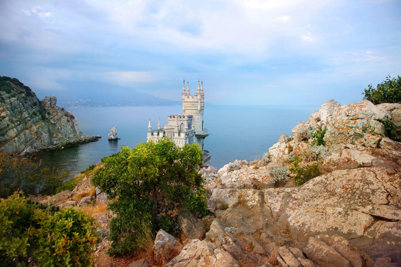 Фотообои «Крымский морской пейзаж Ласточкино гнездо»