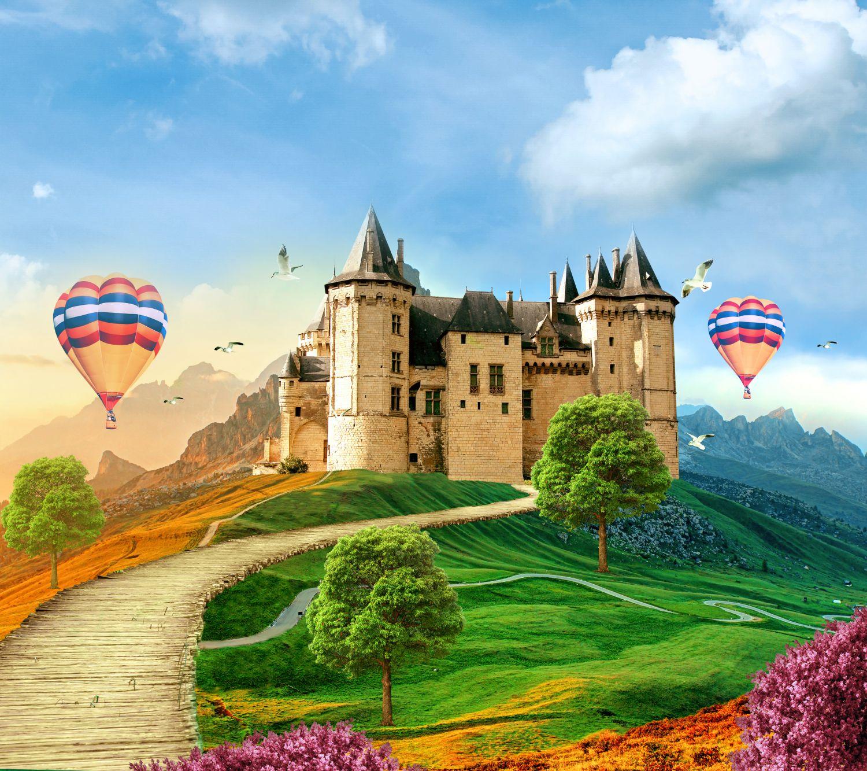 Фотообои «Замок среди горных вершин»